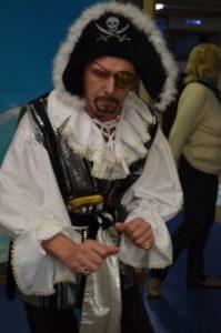 Пират Сильвер в детском развлекательном центре